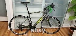 2017 BMC GranFondo GF02 Carbon Fiber Road Bike 58cm Shimano 105 HED Wheels