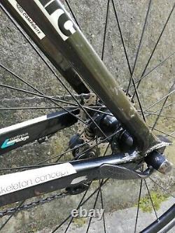 BMC SLX01 carbon fibre road bike w ULTEGRA 6700 groupset (No wheels) 2009