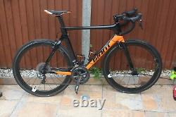 Giant Propel Advanced Pro 0 Di2 Carbon Frame Wheels Daddle Handlebar Road Bike M