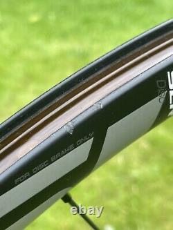Giant SLR 1 Disc 700c Carbon Wheel Set 30mm 12mm Axle Ceramic Shimano 11 Road CX