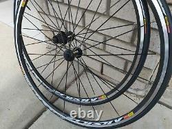 Mavic Aksium Race Road Bike Wheel Set 700C 11 Speed New stock will comes