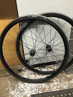 Mavic Aksium disc 12mm thru axels wheels 700c 11 speed road race bike #2
