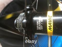 Mavic Krysium Carbon SL'Haute Route' wheel set c/l disc through bolt