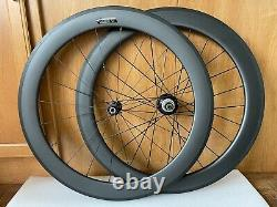 Novatec Carbon Clincher Road Bike Wheels, rim brake. 700C, 11 Speed