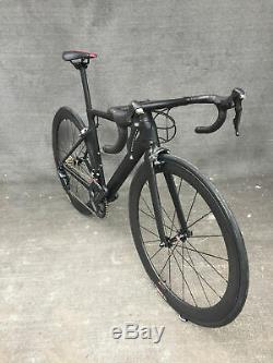 Shimano Ultegra R8000 Complete Road Bike Carbon Matte Bicycle frame wheels