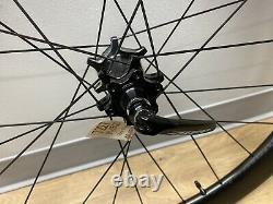 Zipp 404 Firecrest Disc Road Bike Rear Wheel 700c Carbon Tubeless Shimano/SRAM